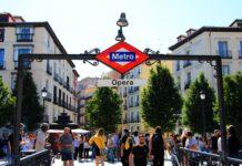 parada de metro opera madrid
