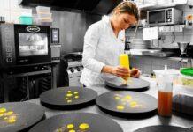 Claire Vallée en su restaurante ONA